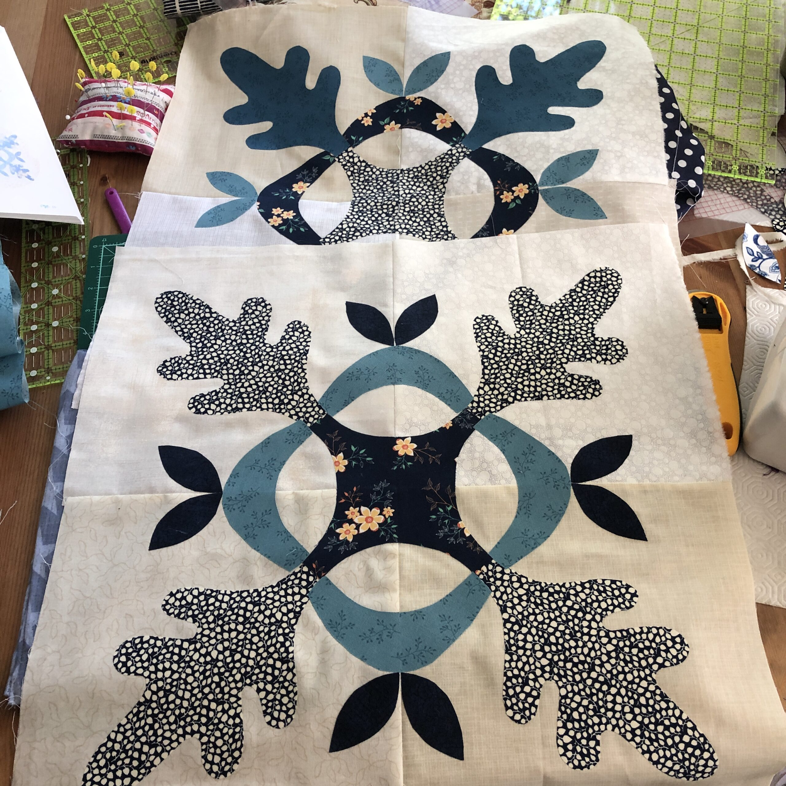 Working on Thousand Oaks quilt by Edyta Sitar
