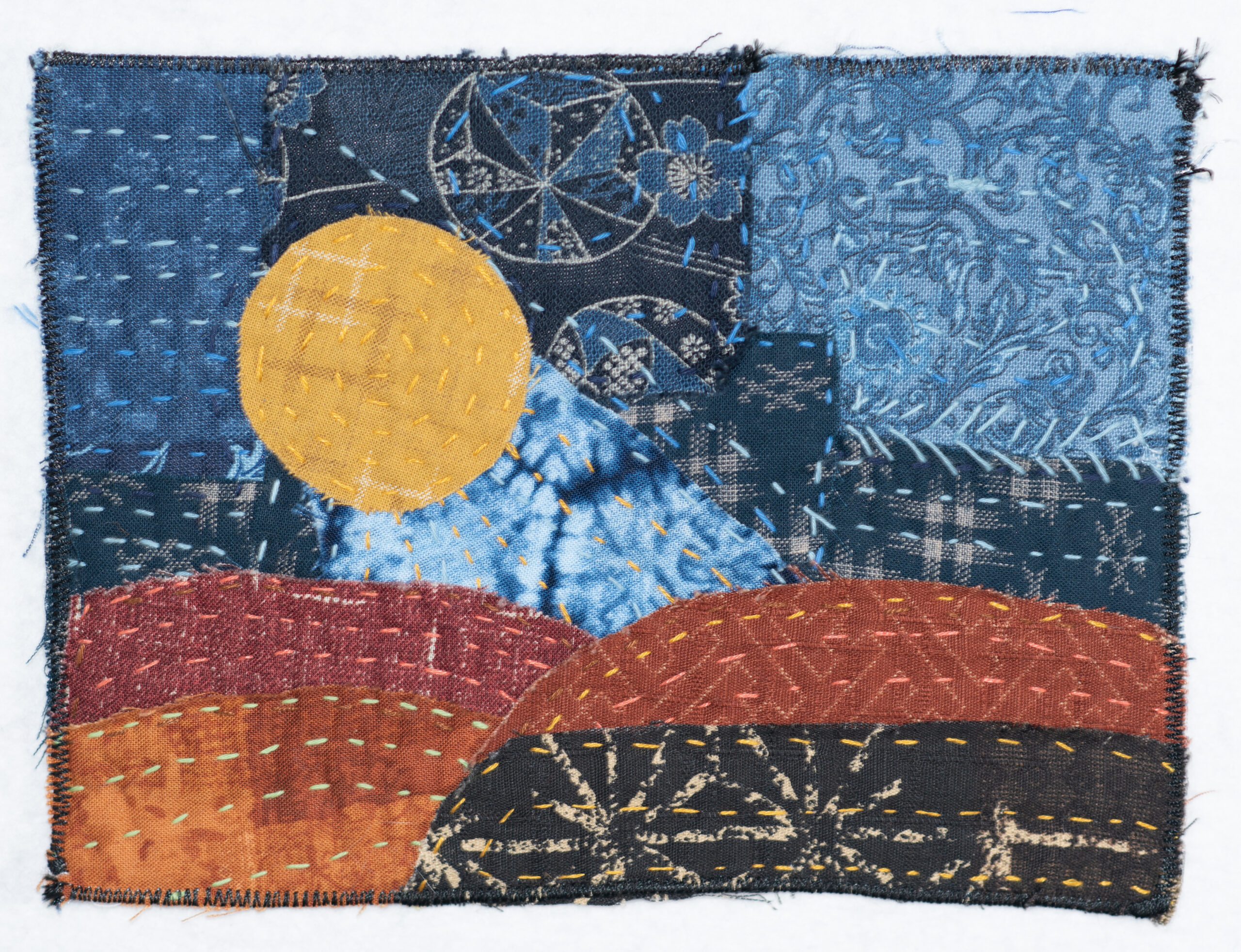 Chiisai I, a tiny art quilt